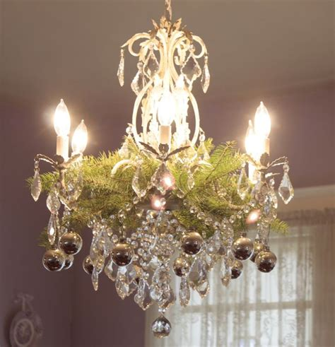 Decorating Chandeliers by 25 Best Ideas About Chandelier Decor On