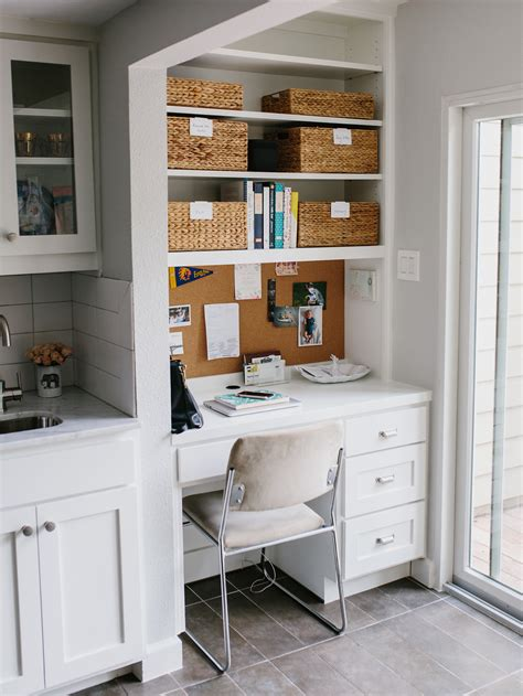 Margaret's Office Nook + How To Keep An Organized Desk