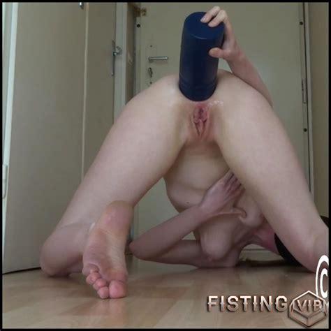 Lesbian Extreme Anal Toys