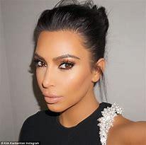 Hd Wallpapers Kim Kardashian Messy Bun Hairstyles Lovepatternmobile6 Gq