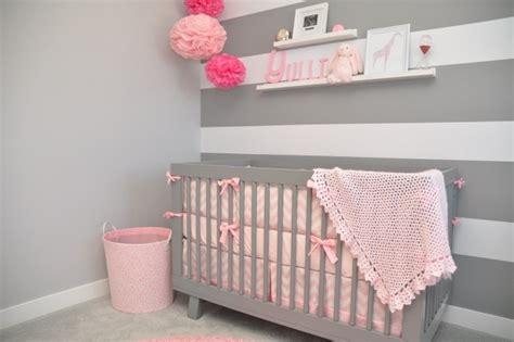 chambre bébé gris et decoration chambre bebe fille
