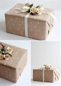 unique bridesmaids gifts wedding gift wrap ideas lovelustered