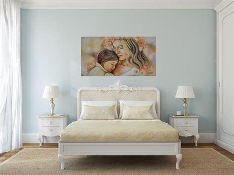sistemare  quadri sulla parete cose  casa