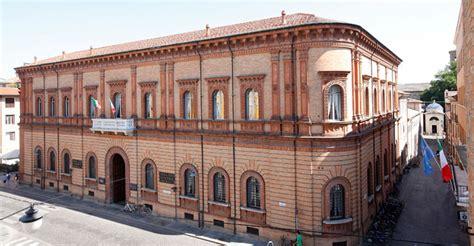 Cassa Di Risparmio Di Cesena Sede Centrale Invito A Palazzo Quot La Cassa Di Risparmio Di Ravenna Apre