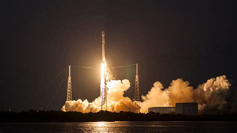 todays historic spacex rocket launch