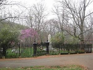 Monticello Cemetery Picture Of Thomas Jefferson39s