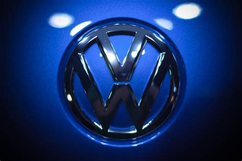 Vw Logo Wallpaper by Volkswagen Logo Desktop Wallpapers Best Hd Wallpaper