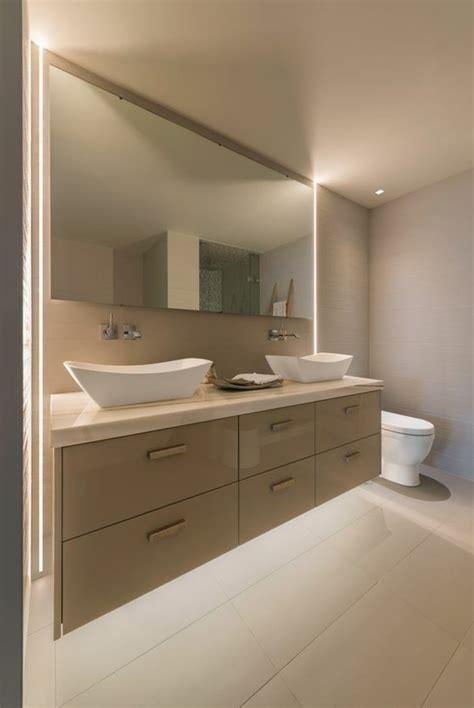 eclairage meuble cuisine led comment choisir le luminaire pour salle de bain