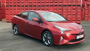 Essai Toyota Auris Hybride 2017 : essai vid o toyota prius 4 l 39 essence de l 39 hybride ~ Gottalentnigeria.com Avis de Voitures
