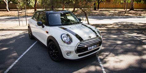 Review Mini Cooper 5 Door by 2015 Mini Cooper Hatch Five Door Review Caradvice