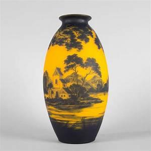 Grand Vase En Verre : richard grand vase ovo de en verre doubl brun sur fond orange 2016050509 expertissim ~ Teatrodelosmanantiales.com Idées de Décoration