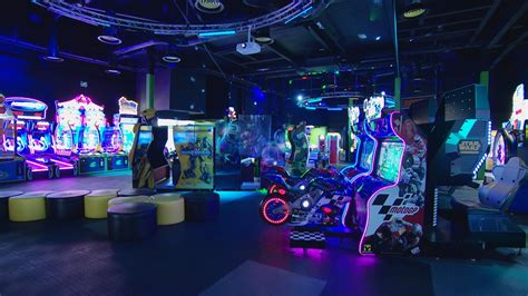 state   art gaming arcade opens  jersey channel