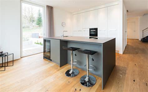 Moderne Küche Mit Kochinsel by K 252 Chen K 252 Chenstudio Manufaktur F 252 R Ihre