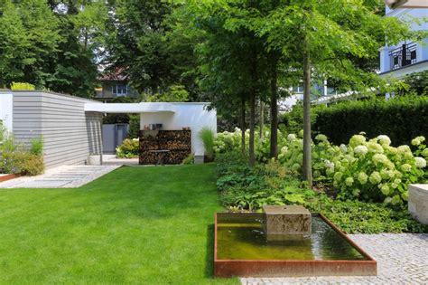 Gartengestaltung Kleine Gärten Modern by Stadtvilla Mit Schwimmteich Potsdamer G 228 Rten G 228 Rten