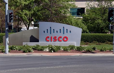 Cisco To Train 120,000 Uk Police Officers On Cybersecurity