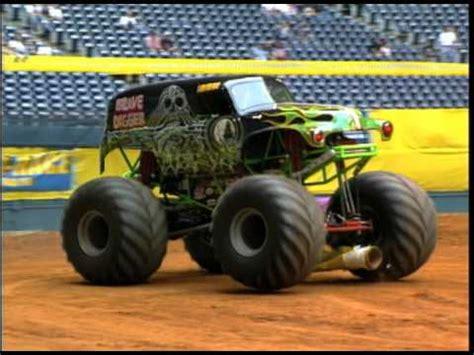 monster trucks youtube grave digger monster jam grave digger monster truck 30th anniversary