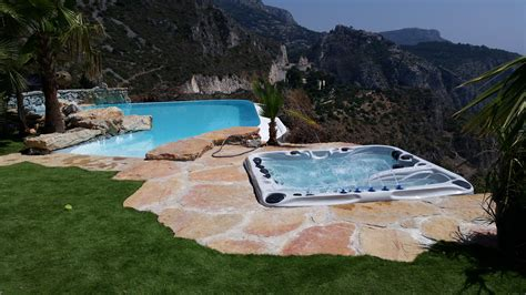 Whirlpool Garten Chlor by Outdoor Whirlpools Jacuzzis Und Swim Spas Ohne Strom Und