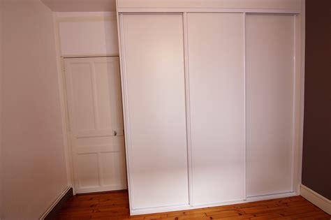 placard intégré chambre création fabrication et installation de placard