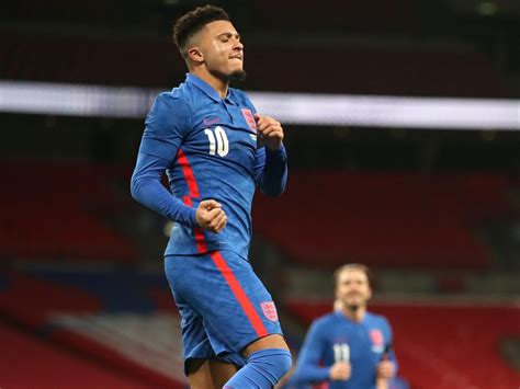 Jadon Sancho says Manchester United transfer rumours have ...
