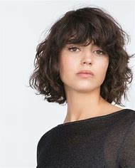 Short Hairstyles for Wavy Hair with Bangs