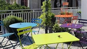 Table Pour Terrasse : table pour terrasse table exterieur 4 personnes djunails ~ Teatrodelosmanantiales.com Idées de Décoration