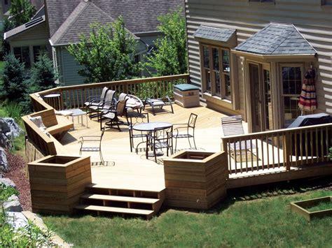 Striking Front Porch Deck Design Ideas Using White Wooden