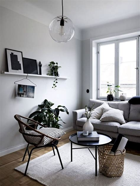 minimalist living room decoration tips small living