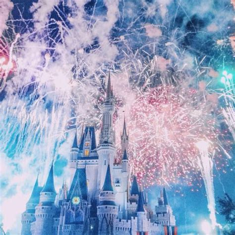 Aesthetic Disney Wallpaper Iphone X by The 25 Best Disney Screensaver Ideas On