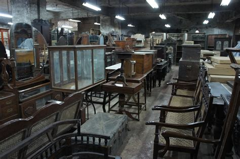BombayJules: Where to Buy Colonial Antique Furniture in Mumbai