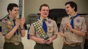 how many inches on a boy scout sash do you place your