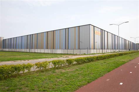 kingspan geisoleerde panelen kingspan awp gevelpaneel architectenwebnl