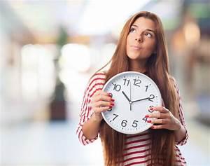 Uhr Mit Fotos : nachdenklich m dchen mit einer uhr download der kostenlosen fotos ~ Eleganceandgraceweddings.com Haus und Dekorationen
