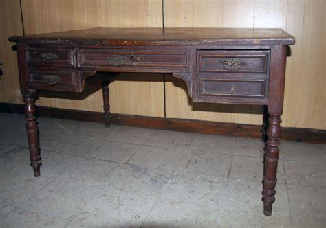 recouvrir bureau bureau une chaise et duun