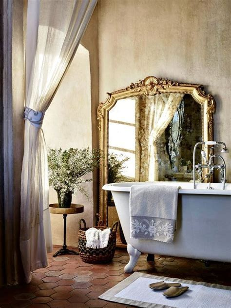 15 French Country Bathroom Décor Ideas   Shelterness