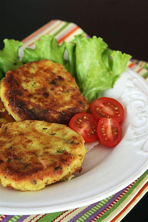 cuisine marocaine pour ramadan quot maâkouda quot galettes de pomme de terre avec conseils et