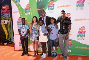 METTA WORLD PEACE AND FAMILY AT 2014 KIDS' CHOICE SPORTS ...