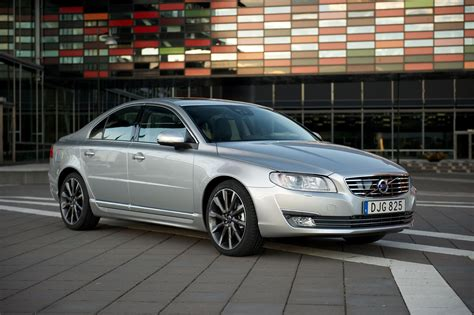 Start here to discover how much people are paying, what's for sale, trims, specs, and a lot more! 2016 Volvo S80 News and Information | conceptcarz.com