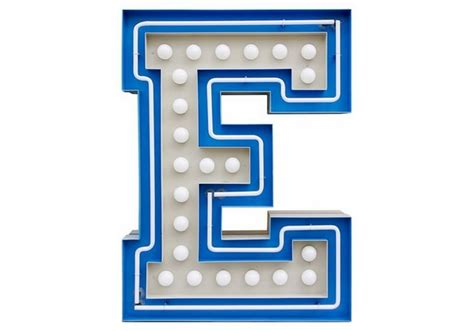 Graphic Collection ‐ Letter E Lamp Delightfull
