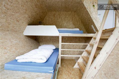 chambre dans les arbres chambre d 39 une cabane octogonale