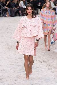 Chanel | Spring / Summer 2019 | Runway | Fashion Gone Rogue