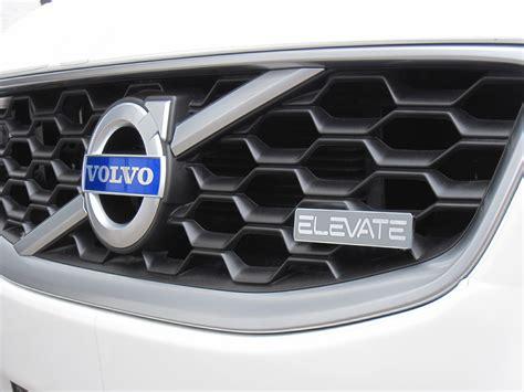 Elevate Volvo S60r 2