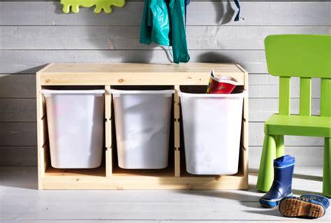panier a linge chambre bebe rangements pour jouets meubles de rangement ikea