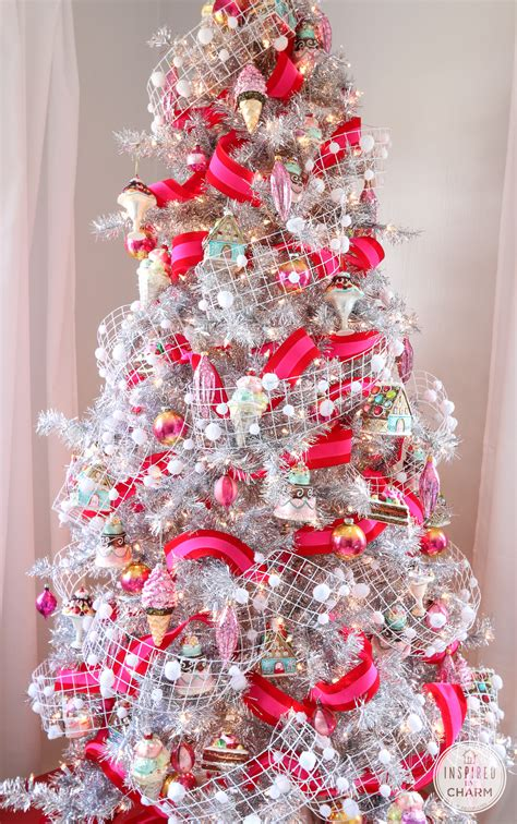 pretty pink christmas tree   decorate  christmas tree