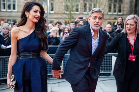 Jun 09, 2021 · george and amal clooney have returned to their home in lake como, italy with their twins after two years away from the lakeside villa. George, Amal Clooney Spotted With Their Twin Children Arriving In Private Jet