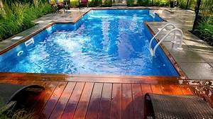 amenagement paysager contemporain d39une cours arriere avec With amenagement paysager avec piscine creusee 0 amenagement dune piscine creusee contemporaine plani