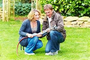 Gartenarbeit Im August : richtiges gie en im garten ~ Lizthompson.info Haus und Dekorationen
