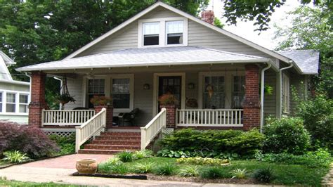 cottage and bungalow style cottage style homes craftsman bungalow style homes house