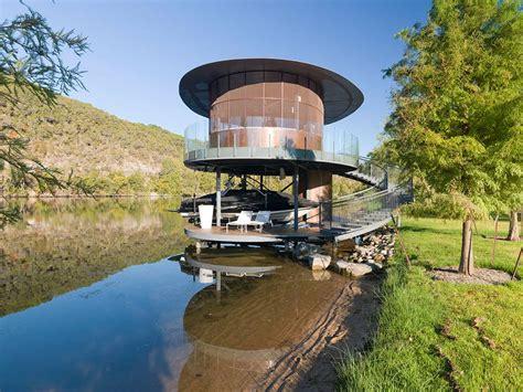 shore vista boat house lake austin texas  bercy chen