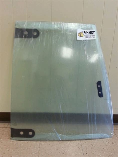 case  sm sm  door upper door glass  single door cab  finney