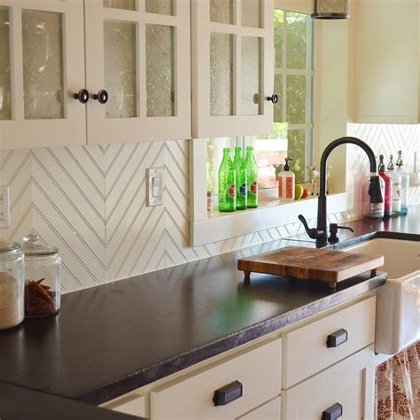 Spice up your kitchen backdrop with use bricks, glass, wooden cabinets, and windows. Best Kitchen Backsplash Ideas with White Cabinets | Family ...